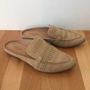 Crown Vintage tan suede Katrine mules size 6
